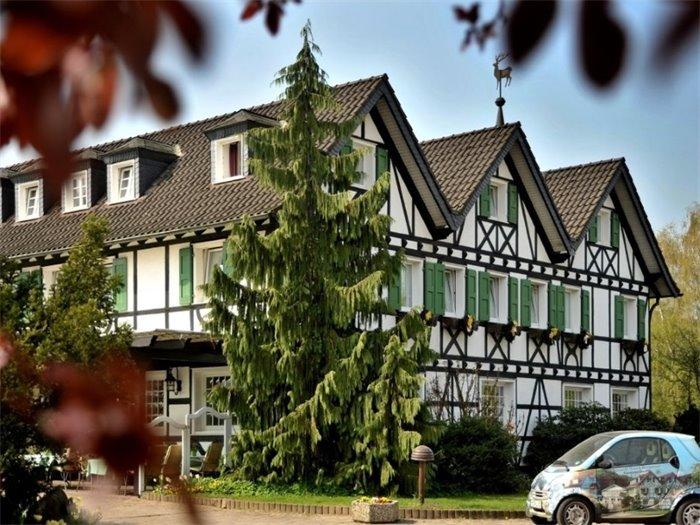 lohmann 39 s romantik hotel gravenberg tagungshotel in langenfeld tagungshotels. Black Bedroom Furniture Sets. Home Design Ideas